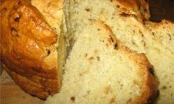Ароматный пряный хлеб с луком