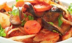 Быстрый рататуй из запеченных зимних овощей и баклажанов