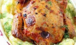 Цыпленок в томатно-сметанном соусе c базиликом