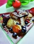 Фламбе из фуа-гра со свежими ягодами