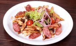 Колбасный салат баварского мясника