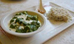 Палак Панир - брынза в нежном соусе из шпината