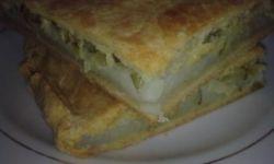 Пироги с солеными огурцами