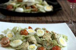 Салат из курицы с черемшой