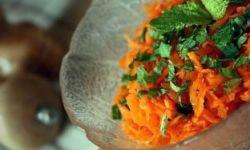 Салат из моркови и мяты
