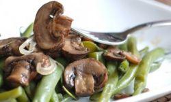 Салат из стручков фасоли с rрибами
