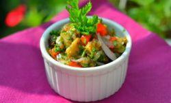 Салат из жареных баклажанов и печеного перца