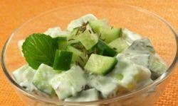 Салат с огурцами и цветной капустой