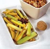 Сельдерей в соусе из грецких орехов