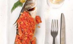 Сибас в остром томатном соусе