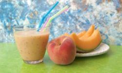 Смузи из дыни с фруктами